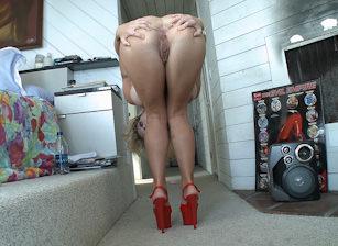 Ass, Escena 5