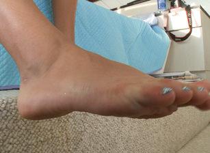 Feet Scène 10