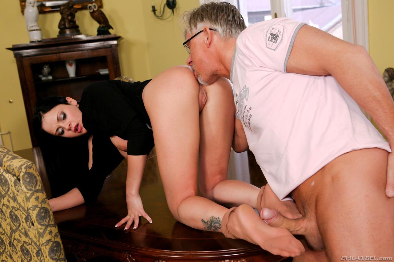 Feet Pleasure (2012)