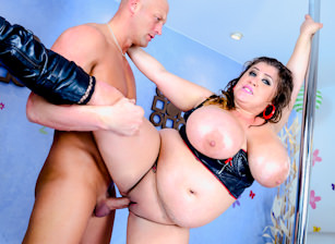 Evil BBW Gold #03 - Oiled, Scene #02