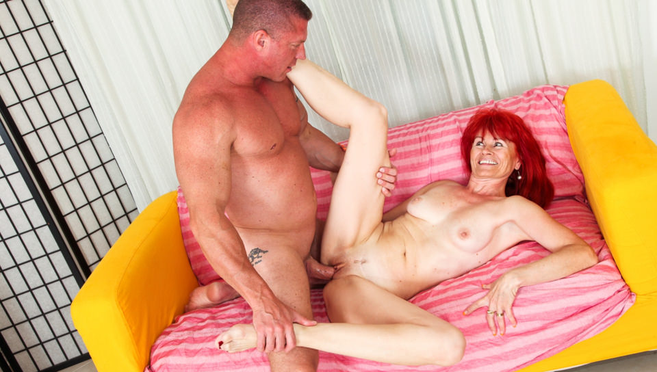 Skinny redhead granny Patricie blows and fucks