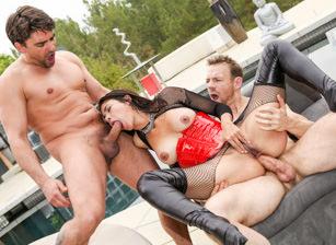 Perfect Slaves #4, Scena 3