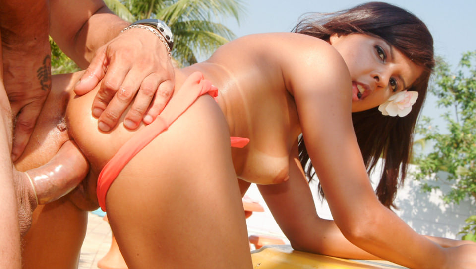 Rio Beach Girls Scene 04 Juliana D.