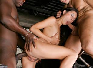 Supermodel Sluts #04, Scene #02