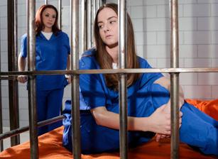 Prison Lesbians #02 Escena 3