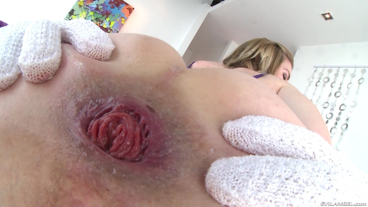 Ella nova tastes her panties and jerks you off with her feet 8