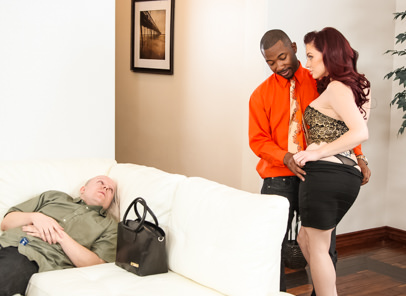 Pushing the limits tee reel jessica ryan. Jessica is a mistress housewife, she uses her husband as a personal footstool. Just when you think she could not be any crueler, she pushes his limits by make love a big black cock while he watches.