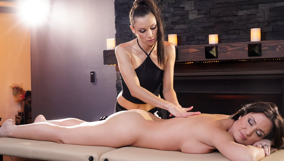 Angela gets a hot wet pussy massage from Celeste in HD